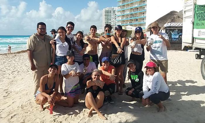 limpieza-de-playas-en-cancun-karla-munguia